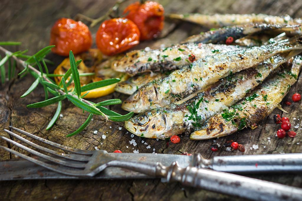 Grilled Sardines with Garlic and Parsley Sauce | Guide to Croatia